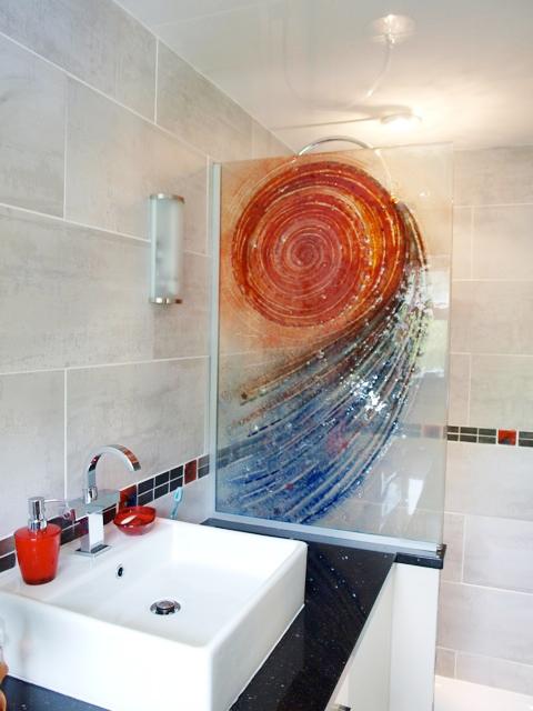 Spiral Design laminated shower screen